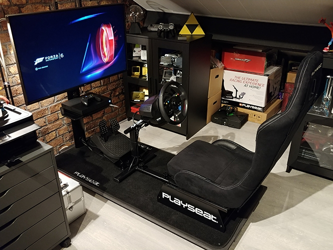 The top of automotive simulation seats